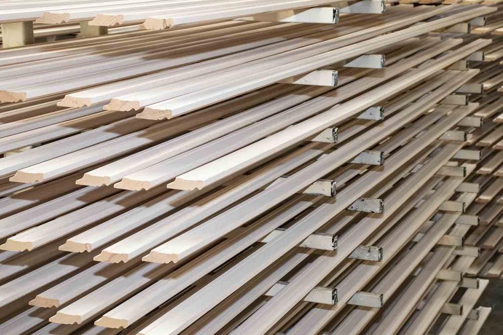 Lackierung | Finish | Profilleisten | Massivholzleisten | Reese Kehlleisten | Lemgo